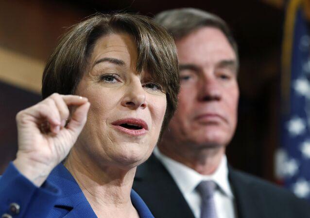 Il senatore americano Amy Klobuchar