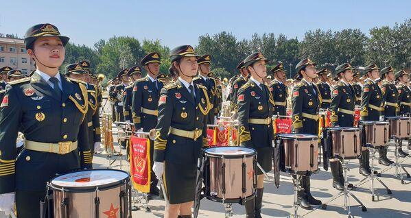 Membri dell'orchestra alle prove della Parata per il 70° anniversario di nascita della Repubblica popolare cinese. - Sputnik Italia