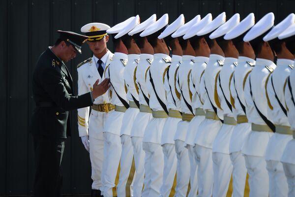I militari cinesi prendono parte alle esercitazioni in marcia. - Sputnik Italia