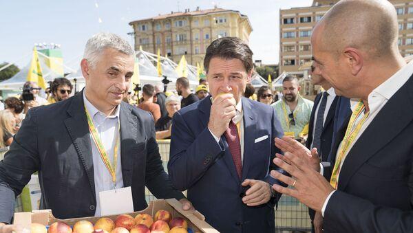 Il presidente Conte al Villaggio Contadino di Bologna organizzato da Coldiretti - Sputnik Italia