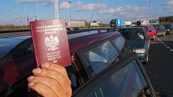 Passaporto polacco - Sputnik Italia