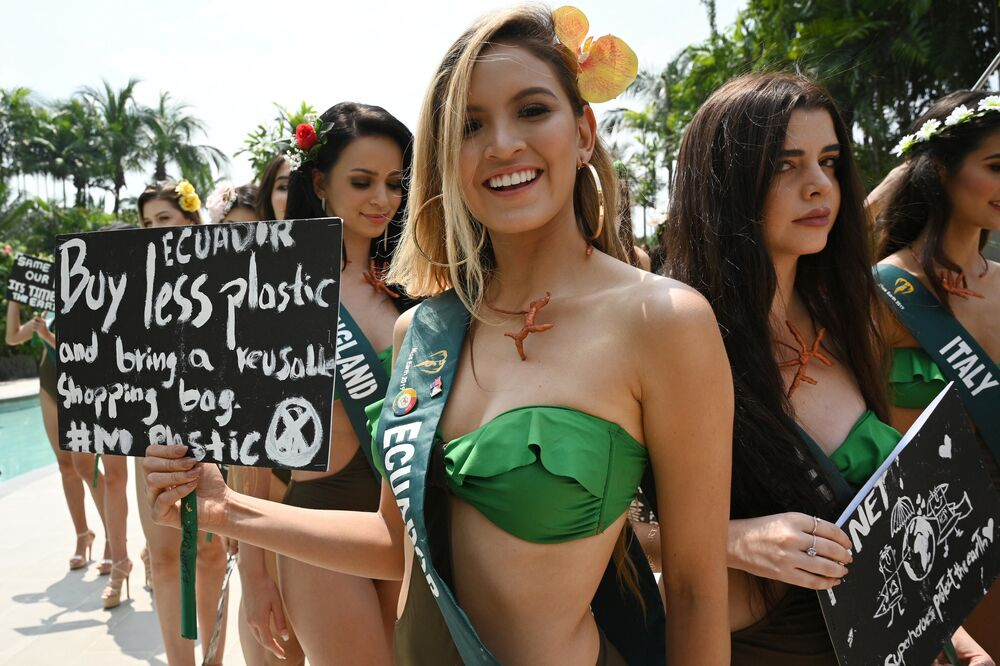 Una candidata a Miss Earth 2019 dell'Ecuador. Il concorso di bellezza Miss Earth si svolgerà il 26 ottobre nelle Filippine.