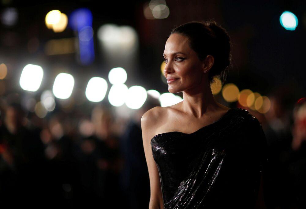 Angelina Jolie alla premiere del film Maleficent: Signora del male a Los Angeles.
