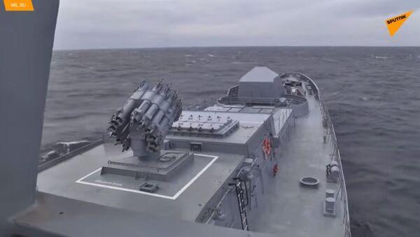 Lancio di missili nel Mar nero - Sputnik Italia
