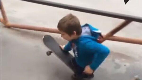 Maxim Abramov, lo skater senza gambe - Sputnik Italia