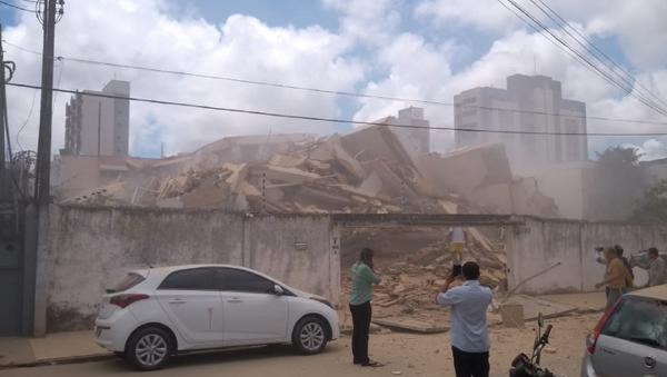 Crollo dell'edificio residenziale in Brasile - Sputnik Italia