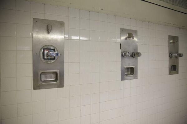 L'interno della prigione più grande del mondo Rikers Island a New York, USA - Sputnik Italia