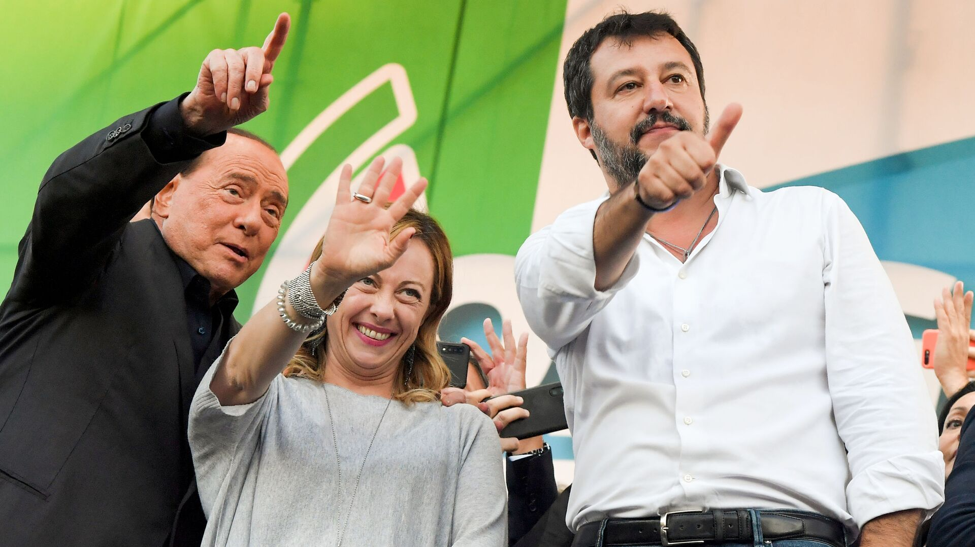 Silvio Berlusconi, Giorgia Meloni e Matteo Salvini - Sputnik Italia, 1920, 21.08.2021