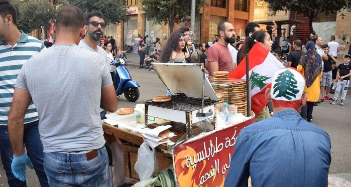 Tra i manifestanti a Beirut