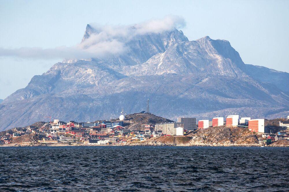 La città di Nuuk, capoluogo della Groenlandia