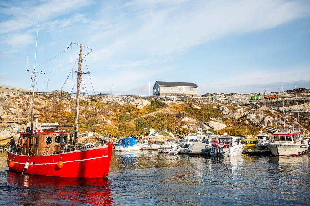 Un ormeggio per le barche nella città di Ilulissat - Groenlandia