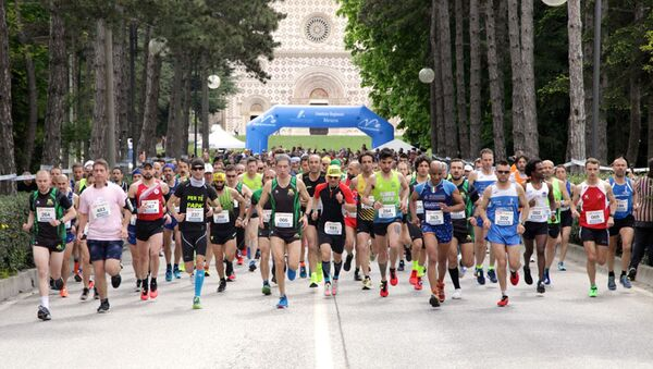 Mezza Maratona a l'Aquila - Sputnik Italia