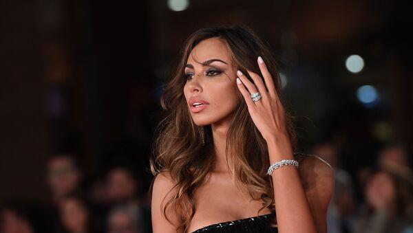 La bellissima modella Madalina Ghenea sul tappeto rosso del 14° Festa del Cinema di Roma 2019 - Sputnik Italia