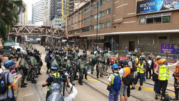 Polizia di Hong Kong si prepara per le proteste - Sputnik Italia