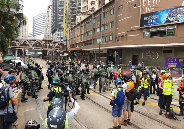 Polizia di Hong Kong in azione