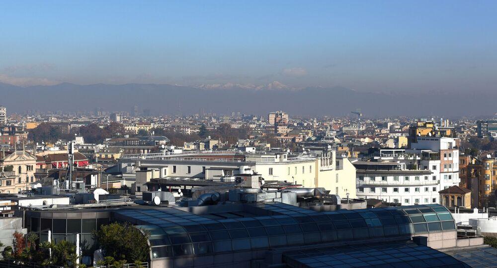 Una vista di Milano dal tetto del Duomo