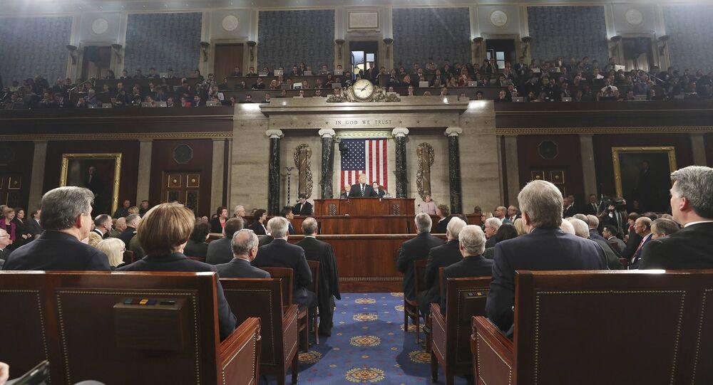 Il presidente Trump prende la parola alla Camera dei rappresentanti