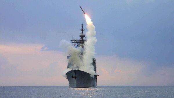 Il lancio del missile Tomahawk dall'USS Cape St. George - Sputnik Italia