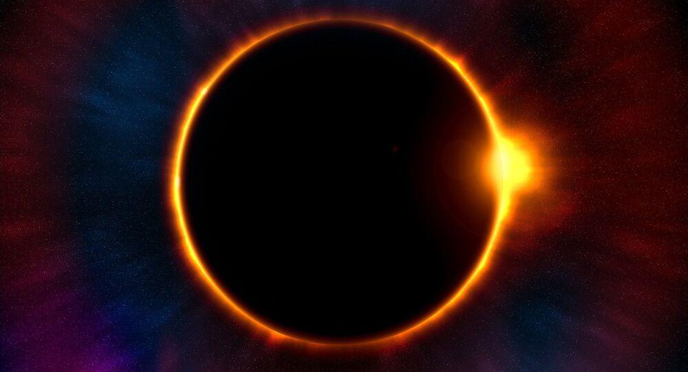 Rara eclissi solare con