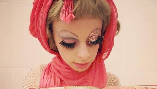 La drag queen Desmond is Amazing - Sputnik Italia