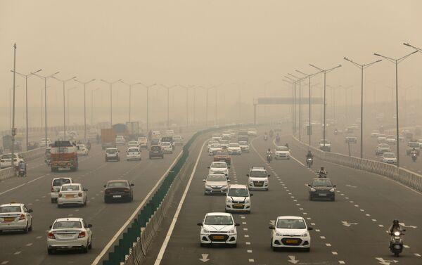 Inquinamento a Delhi - Sputnik Italia