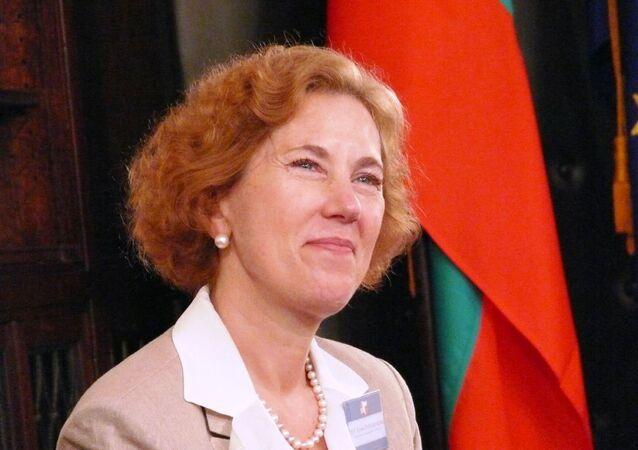 Elena Poptodorova