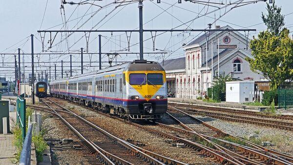 Treno regionale in Belgio - Sputnik Italia