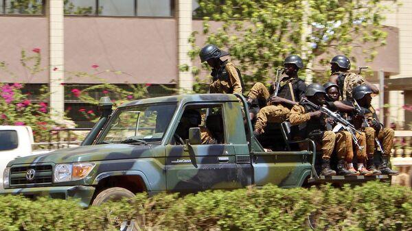 Una gip di paramilitari in Burkina Faso - Sputnik Italia