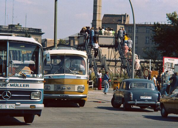 Muro di Berlino negli anni '70 a Potsdamer Platz - Sputnik Italia