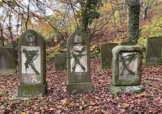 Cimitero ebraico profanato in Danimarca