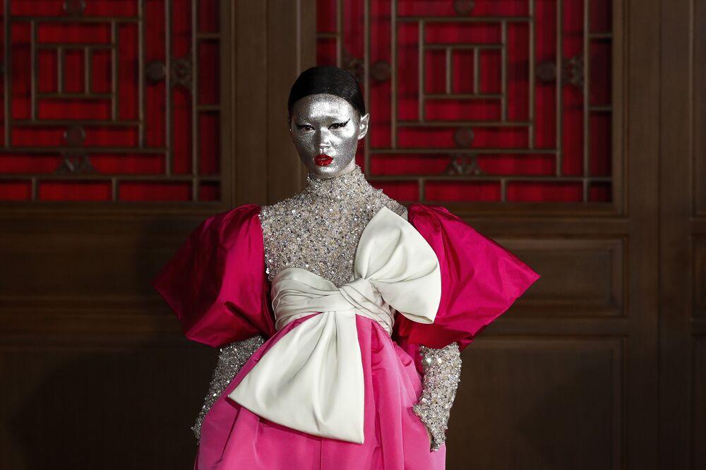 Presentazione della collezione di Valentino Haute Couture presso il Palazzo d'estate di Pechino, il 7 novembre 2019