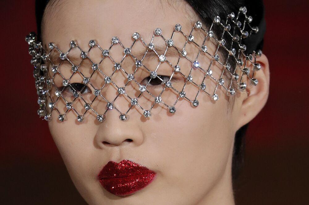 Nella boutique di Valentino a Pechino ci sono gli abiti della collezione di street style