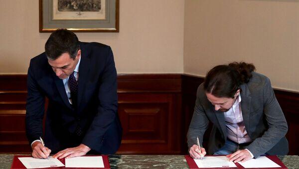 Pedro Sánchez, presidente in carica del governo spagnolo, e Pablo Iglesias, leader della coalizione di sinistra Unidas Podemos (Insieme si può) - Sputnik Italia