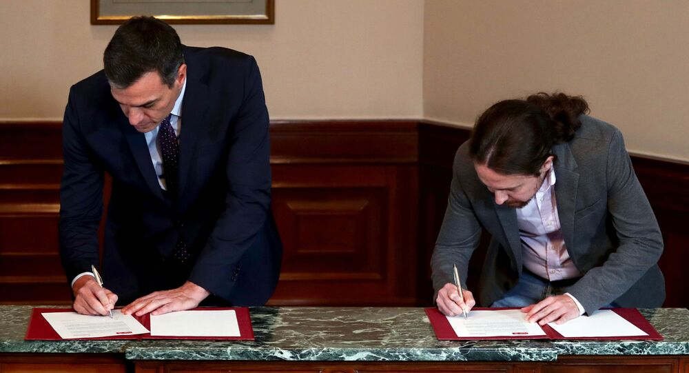 Pedro Sánchez, presidente in carica del governo spagnolo, e Pablo Iglesias, leader della coalizione di sinistra Unidas Podemos (Insieme si può)