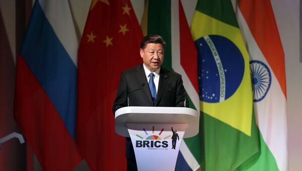Chinese President Xi Jinping delivers his speech at the opening of the BRICS Summit in Johannesburg Wednesday, July 25 2017 - Sputnik Italia