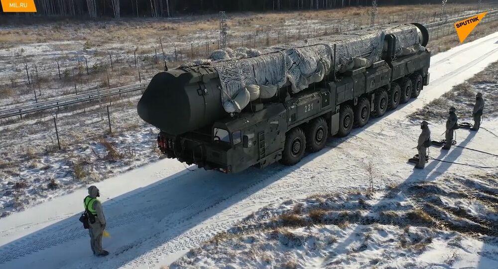 Russia, testate le più recenti macchine per trattamento termico missili