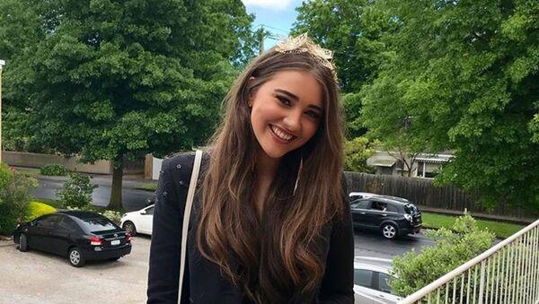 Erin Langmaid, modella australiana che ha partorito senza sapere di essere incinta - Sputnik Italia