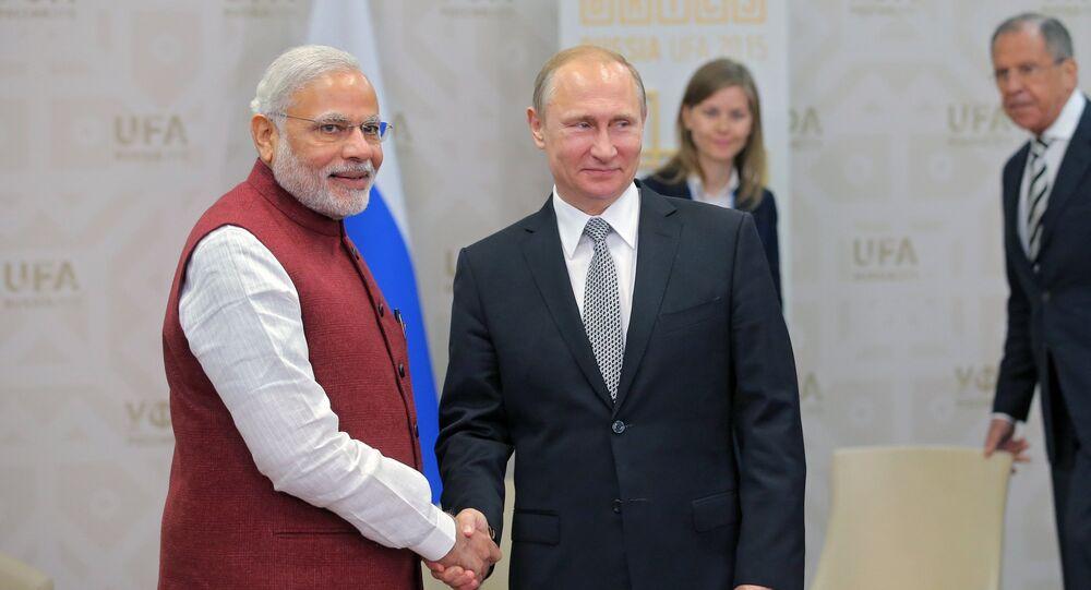 Il presidente russo Vladimir Putin e il primo ministro indiano Narendra Modi (foto d'archivio)