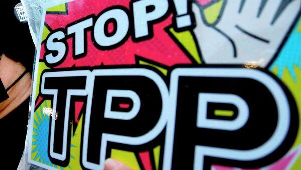 Un manifesto contro il TPP - Sputnik Italia