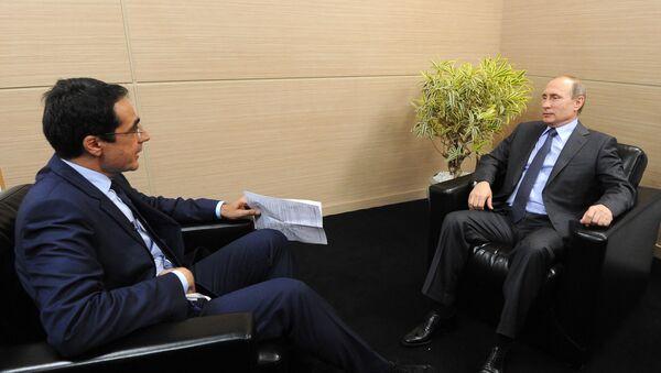 Интервью президента РФ Владимира Путина швейцарским СМИ в Санкт-Петербурге - Sputnik Italia
