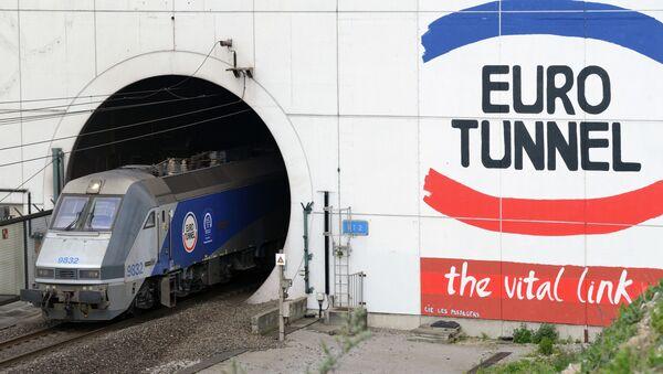 L'entrata nell'Eurotunnel - Sputnik Italia