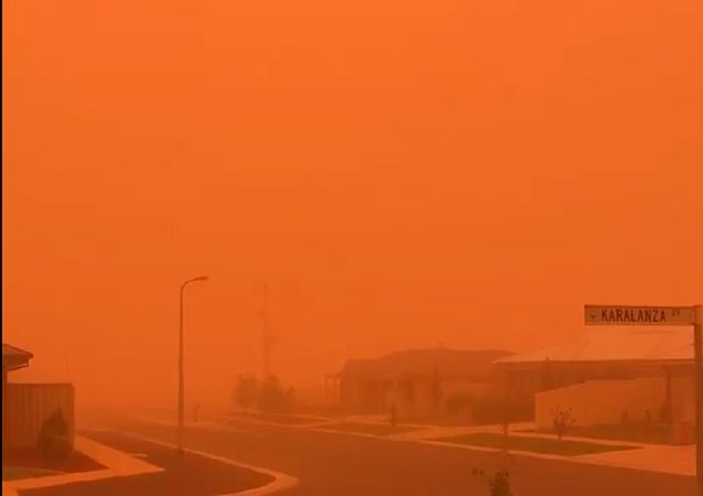 Tempesta di polvere in Australia