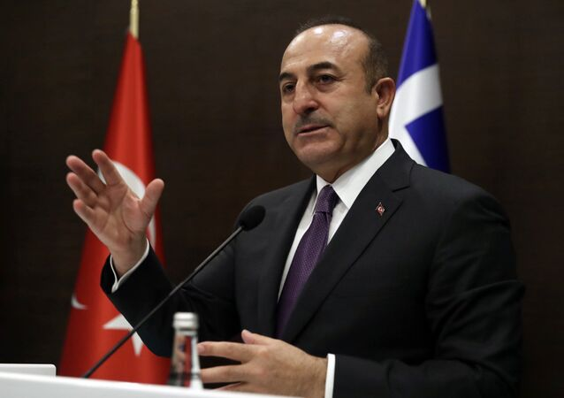 Il ministro degli Esteri turco Mevlut Cavusoglu