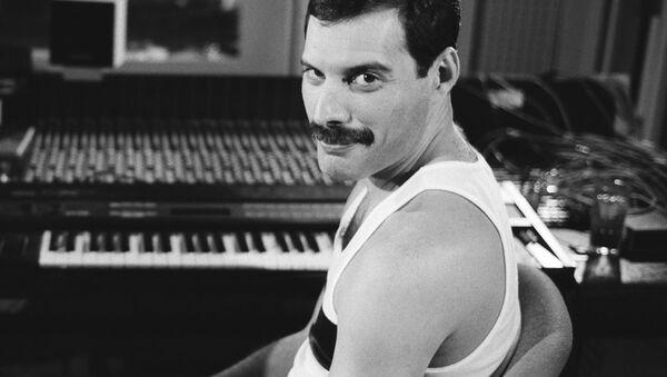 Freddie Mercury - Sputnik Italia