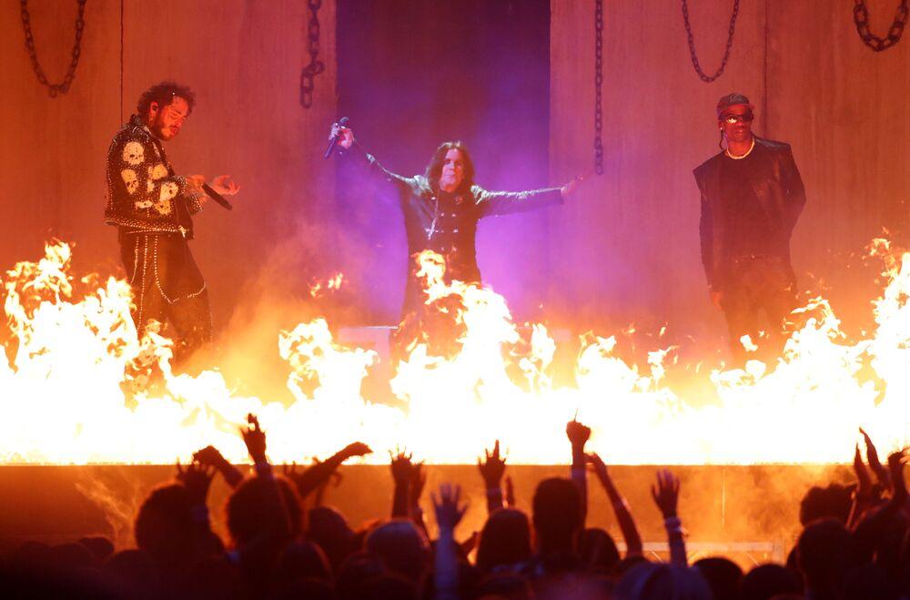 Post Malone, Ozzy Osbourne e Travis Scott agli American Music Awards 2019, il 24 novembre 2019, Los Angeles