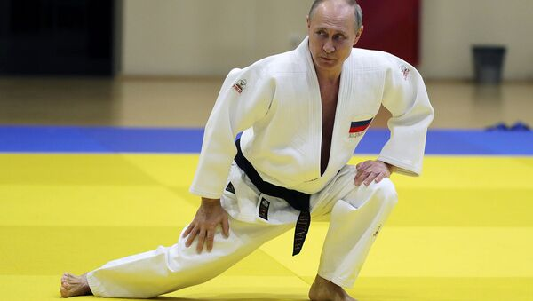 Vladimir Putin durante allenamento (foto d'archivio) - Sputnik Italia