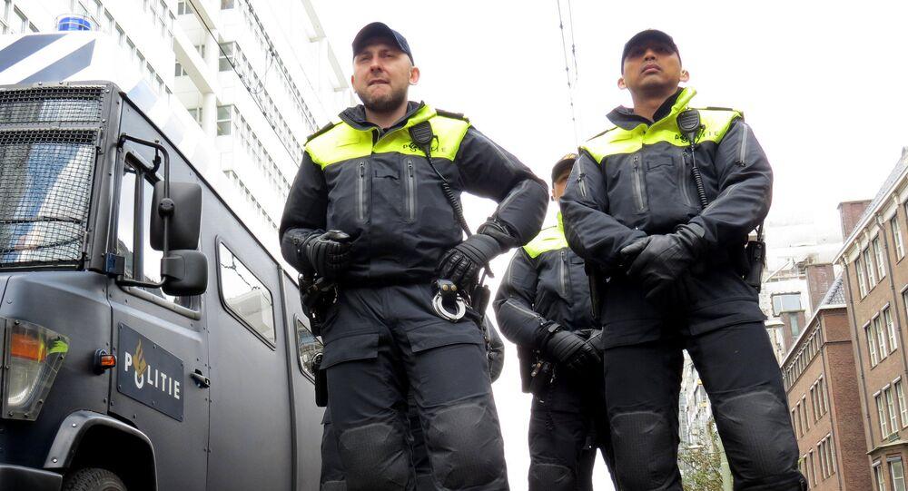 Agenti di polizia olandesi