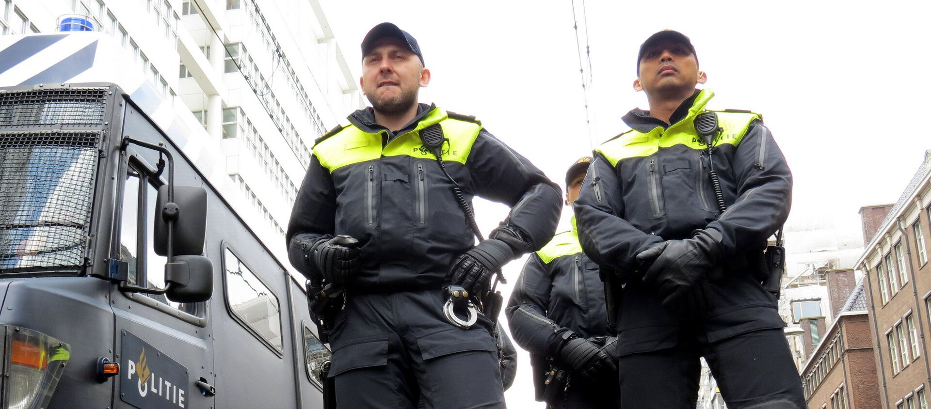 Agenti di polizia olandesi - Sputnik Italia, 1920, 08.04.2021