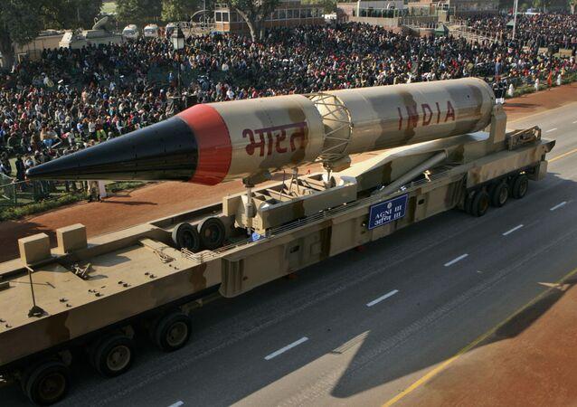 Missile balistico indiano Agni-III