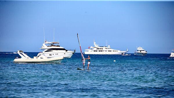 Yacht al mare - Sputnik Italia